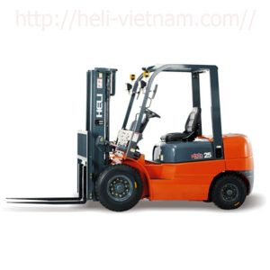 Xe Nâng Dầu Diesel 2.5 Tấn